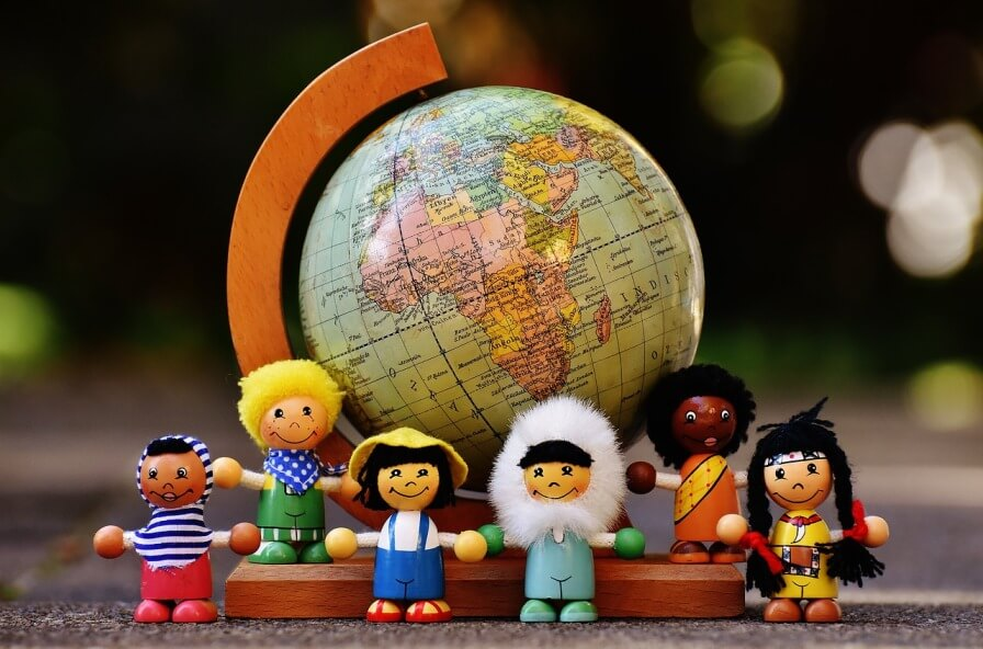 Diaspora Dunya Kuresi Farkli Milletlerden Insanlar